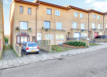 Thumbnail 3 bed town house for sale in Helford Place, Fishermead, Milton Keynes