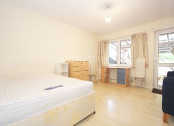 4 bed terraced house to rent in Clarkson Row, Camden NW1