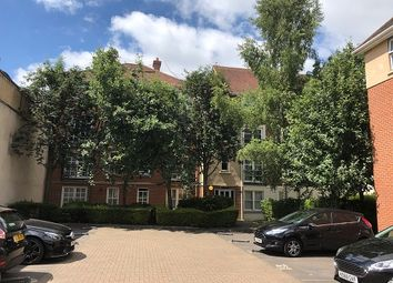 2 bed flat for sale in Blenheim Court, Reading RG1