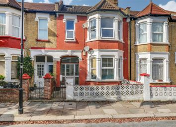 Thumbnail 1 bed flat for sale in Ronald Park Avenue, Westcliff-On-Sea