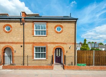 Thumbnail 4 bed town house to rent in Havelock Mews, Havelock Road, Wimbledon