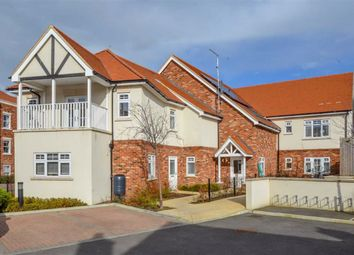 Thumbnail 2 bed flat for sale in Nelson Road, Leigh-On-Sea, Essex