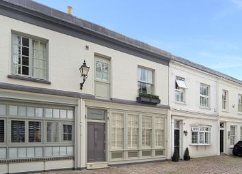 Thumbnail 4 bedroom property for sale in Logan Mews, London