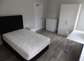 5 bed shared accommodation to rent in St Helens Avenue, Brynmill, Swansea SA1