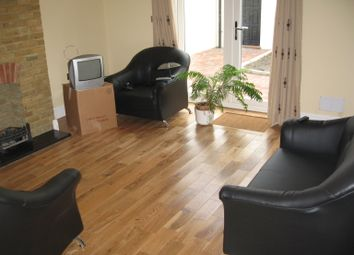 Thumbnail 3 bed mews house to rent in Rosebank Road Area, Hanwell