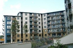 2 bed flat to rent in Drybrough Crescent, Edinburgh EH16