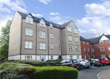 Thumbnail 2 bedroom flat for sale in Charnwood House, Rembrandt Way, Reading, Berkshire