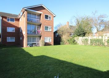 Thumbnail 1 bed flat to rent in York Road, Cheam, Sutton