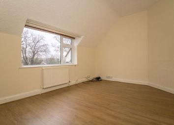 Thumbnail 2 bed flat to rent in Lavernock Road, Penarth
