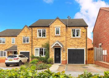 Thumbnail 4 bed detached house for sale in Oxland Drive, Hull