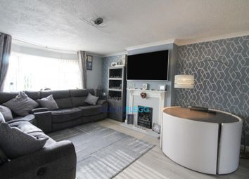 2 bed maisonette for sale in Bower Way, Cippenham, Slough SL1