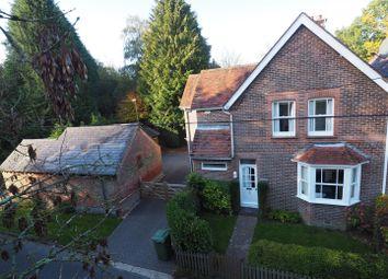 4 bed property for sale in Steep Marsh, Petersfield GU32