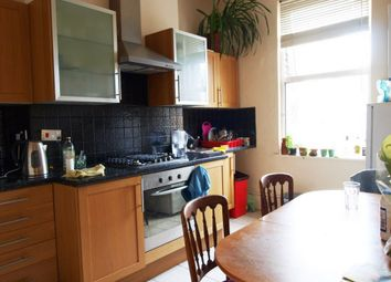Thumbnail 3 bed flat to rent in Green Lanes, Newington Green