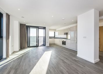 Thumbnail 3 bed flat to rent in 16 Sutton Court Road, Sutton