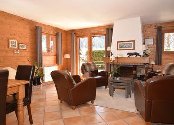 Thumbnail 4 bed chalet for sale in Clos De La Charlanon, 74400 Chamonix-Mont-Blanc, France