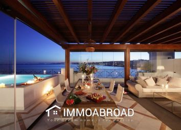 Thumbnail 3 bed apartment for sale in Estepona, Málaga, Spain