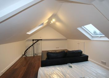 Thumbnail Studio to rent in Scotland Green Road North, Ponders End, Enfield