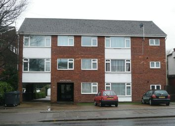 Thumbnail Flat to rent in Kenton Road, Harrow