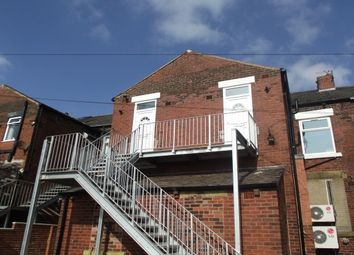 Thumbnail 2 bed flat to rent in Abbey Hills Road, Oldham