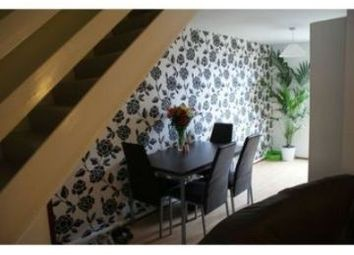 Room to rent in 28 Consort Walk, 4 Bedroom Shared House, Leeds LS3