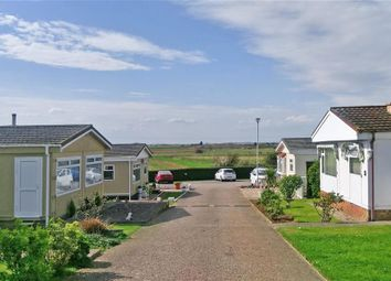 Thumbnail 2 bedroom mobile/park home for sale in Seasalter Lane, Seasalter, Whitstable, Kent