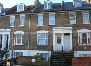 Thumbnail 2 bed flat to rent in Glengall Road, Peckham