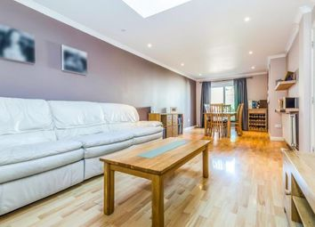 Thumbnail 2 bedroom flat for sale in Gilders Road, Chessington, Surrey