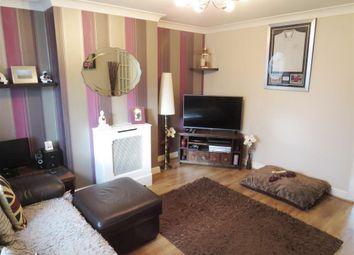 Thumbnail 2 bedroom property to rent in Hilldown Road, Hemel Hempstead