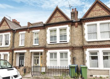 2 bed maisonette for sale in Aylesbury Road, London SE17