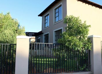 Thumbnail 3 bed town house for sale in Swartwitpenssirkel, Bloemfontein, South Africa