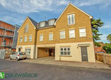 Thumbnail 2 bed flat to rent in Brocket Road, Hoddesdon