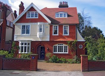 Thumbnail 6 bedroom detached house to rent in Southborough Road, Southborough