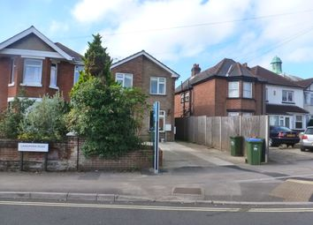2 bed flat to rent in Langhorn Road, Southampton SO16