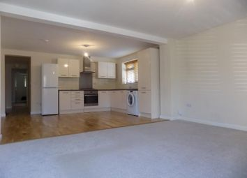 Thumbnail 2 bed flat to rent in Farnborough Road, Farnham