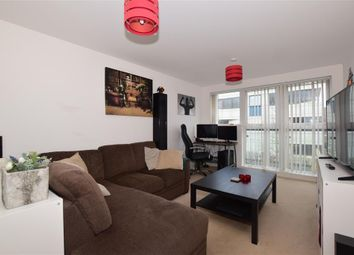 1 bed flat for sale in Park View Road, Leatherhead, Surrey KT22
