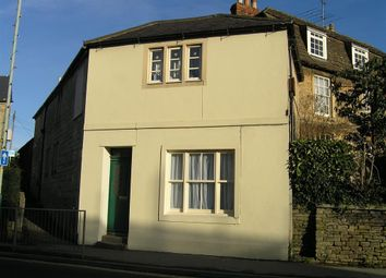 Thumbnail 2 bed flat to rent in Marshfield Road, Chippenham