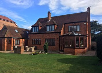 Thumbnail 4 bed detached house for sale in Shoppenhangers Road, Maidenhead, Berkshire, Close To Train Station
