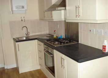 Thumbnail 2 bedroom property to rent in Junction Road, Dartford