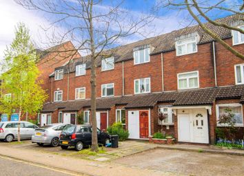 3 bed property for sale in Fawcett Close, Battersea SW11