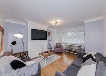 2 bed flat for sale in Winchelsea Court, Winchelsea Gardens, Worthing BN11