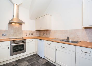 Thumbnail 2 bed flat for sale in Grosvenor Gate, Leicester