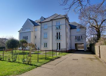Lomas Court, Wordsworth Road, Worthing, West Sussex BN11. 3 bed flat for sale