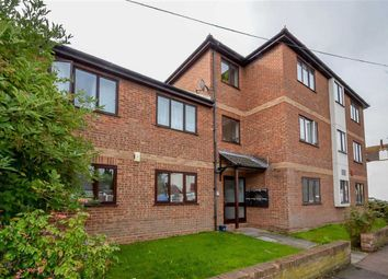 Thumbnail 2 bed flat for sale in Queens Avenue, Leigh-On-Sea, Essex