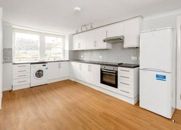 3 bed flat to rent in Bath Street, Bath, Somerset BA1