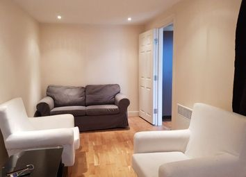 Thumbnail 1 bed flat to rent in Western Ave, Golders Green