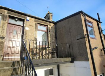 Thumbnail 2 bed flat for sale in Lady Helen Street, Kirkcaldy