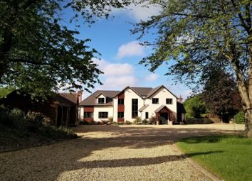Thumbnail 6 bed detached house for sale in Inhurst Lane, Baughurst