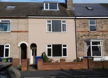 Thumbnail 5 bedroom terraced house for sale in Ropery Road, Gainsborough