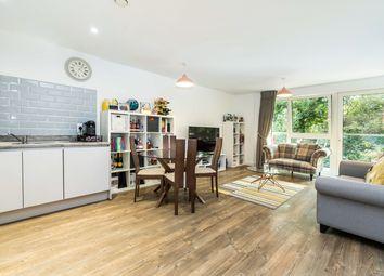Bailey Street, London SE8. 2 bed flat
