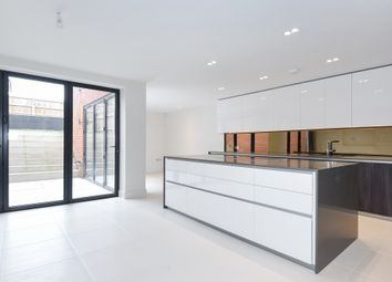 Thumbnail 5 bed town house for sale in The Avenue, London